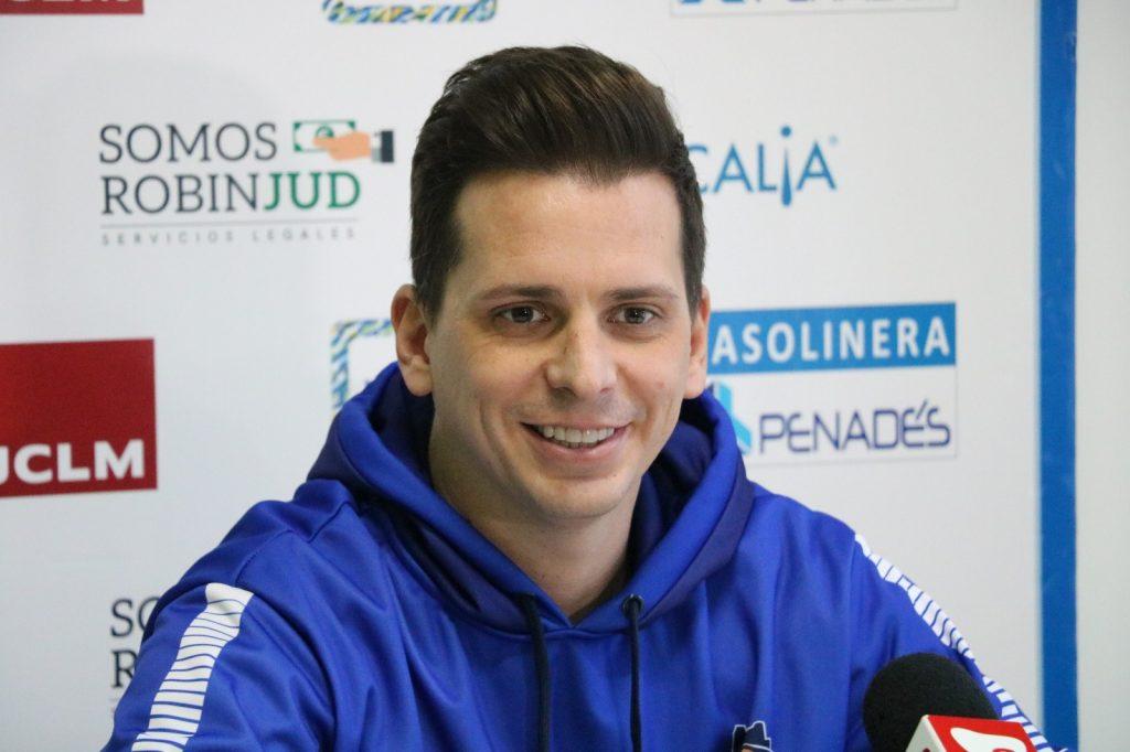 Rubén Perelló renueva con el CB Almansa