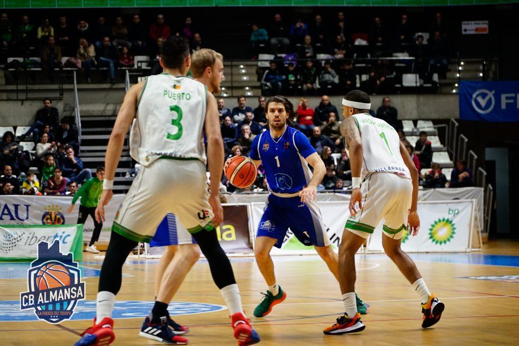 Miguel Cardoso repartió 11 asistencias en el último encuentro