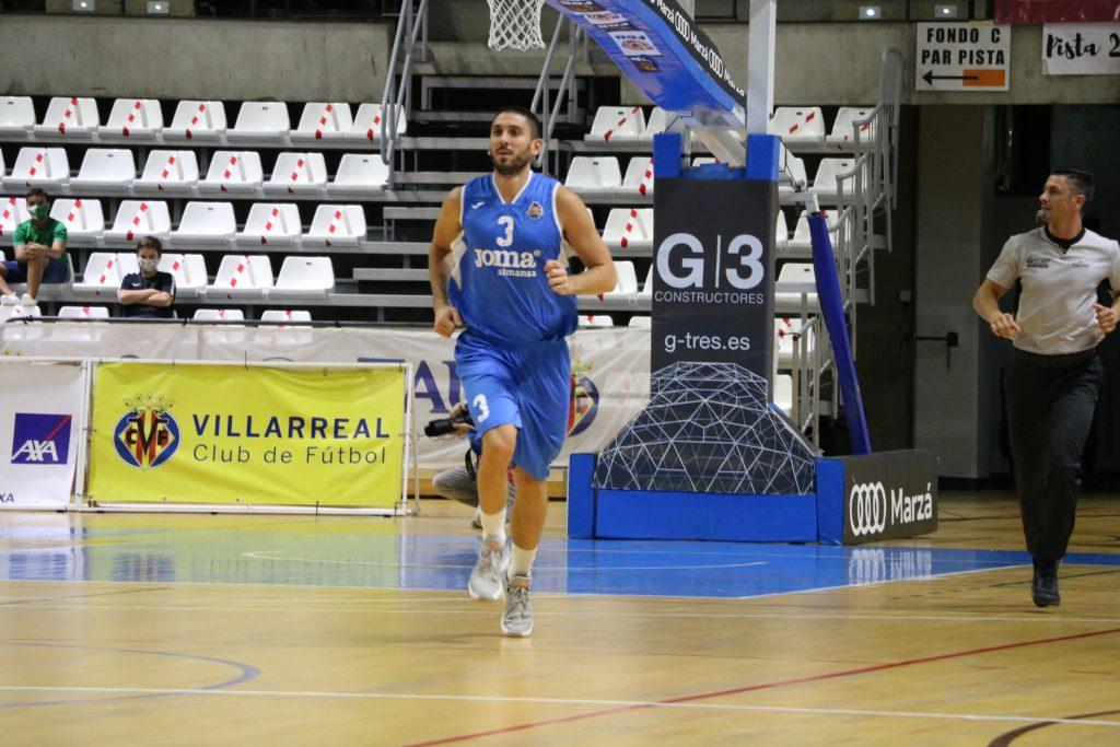 Filip Ðuran debutó con la camiseta del CB Almansa en Castelló