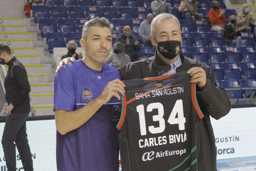 Carles Bivià fue homenajeado en su regreso a Palma