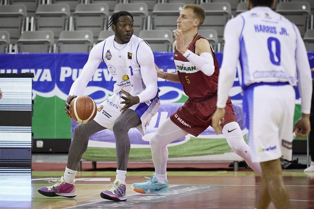 Moussa Konè aportó 15 puntos y 8 rebotes