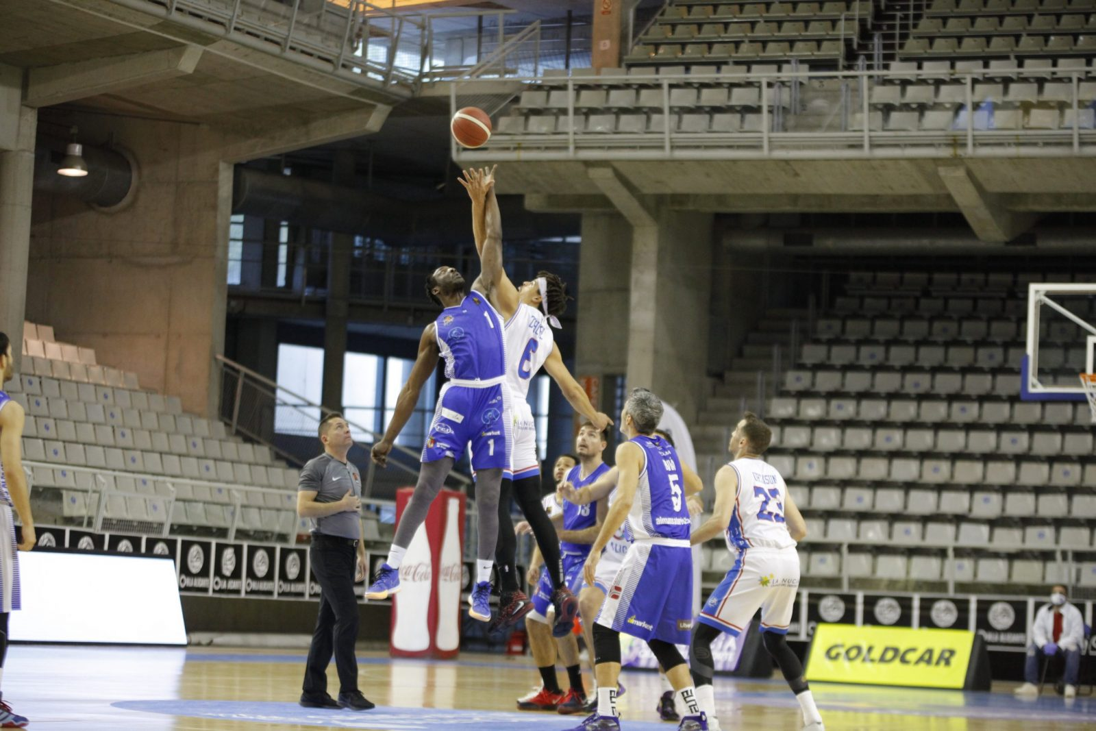 Un heroico CB Almansa con AFANION pelea hasta el final ante HLA Alicante